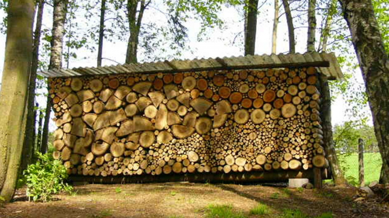 ulozenie-sucheho-dreva-s-prestresenim